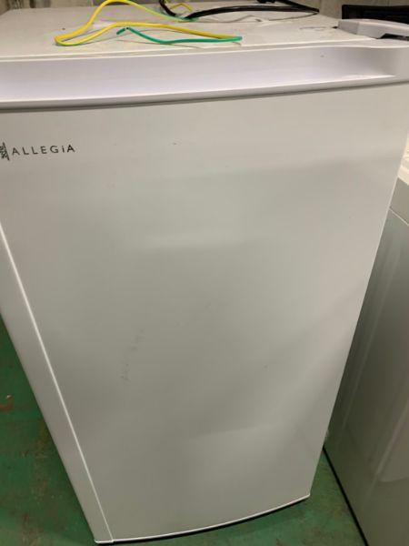 アレジア 冷蔵庫 AR-BD116