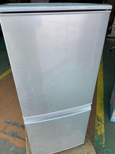 SHARP ノンフロン冷凍冷蔵庫 SJ-D14C-W
